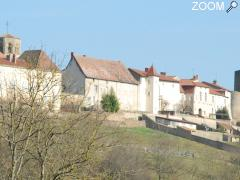photo de Semur-en-Brionnais, village médiéval