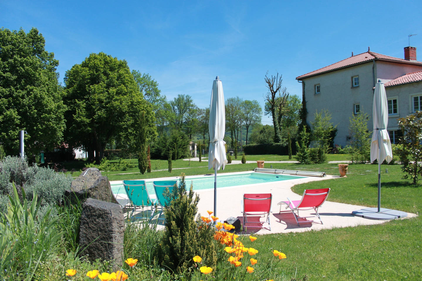 La buissonni re chambres d 39 h tes saint vincent haute for Gite piscine bourgogne